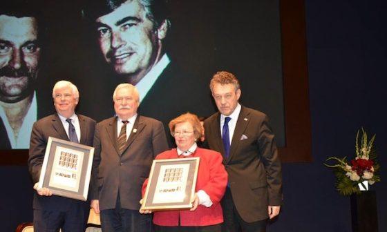 Former Senator Christopher Dodd, President Lech Walesa, Senator Barbara Mikulski, Ambassador Ryszard Schnepf. Credit: Polish Embassy.